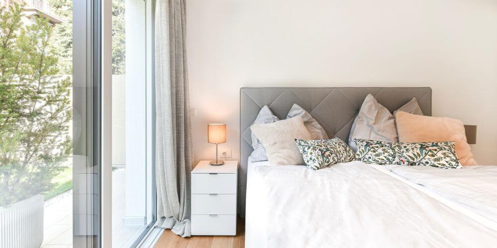 camera da letto spaziosa